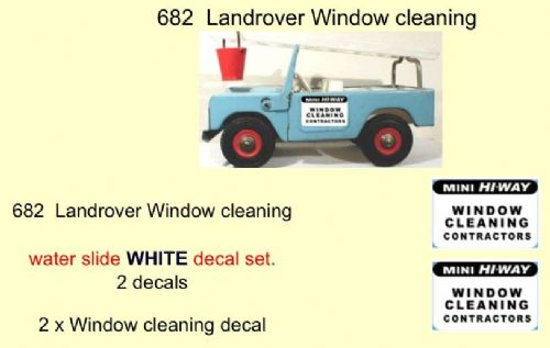 682 Tri-ang Landrover Window cleaning